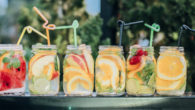 Nim's Infusions: garnishes fit for a Royal Garden Party! www.nimsfruitcrisps.com […]