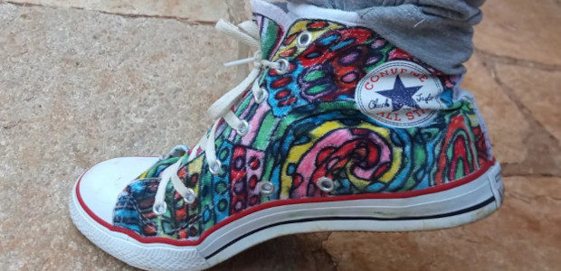 Custom shoes that be great for Christmas. They're beautiful colorful […]