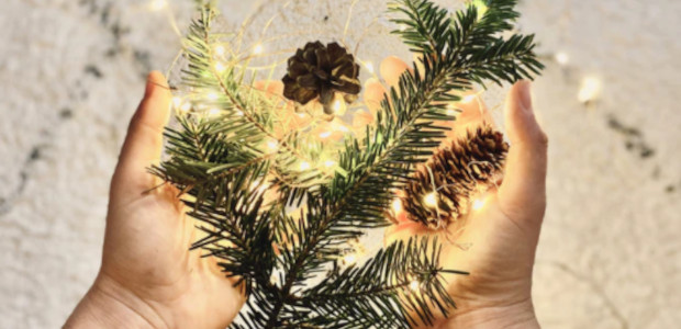 Ethics + Aesethtics: Style Guide to a Greener Christmas Independent […]
