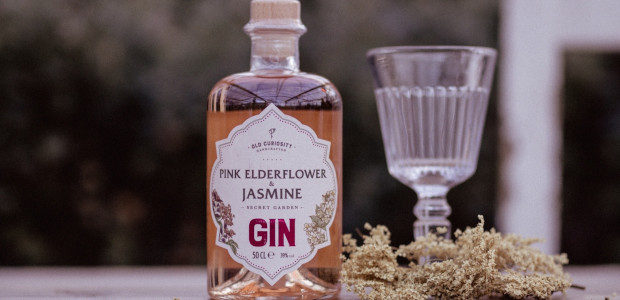 OLD CURIOSITY LAUNCHES A VALENTINE'S DAY GIN GIFT BOX, FEATURING […]