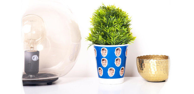 Cool Pots >>> Personalised Ceramic Plant Pot… coolpots.co.uk One is […]