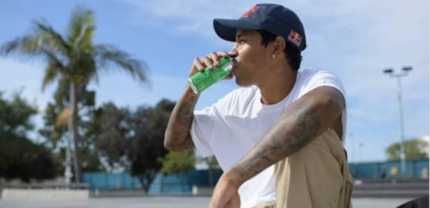 SUMMER ARRIVES WITH THE LAUNCH OF RED BULL® SUMMER EDITION […]
